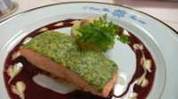 Supreme_de_saumon_en_croute_dherbes_flan